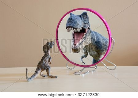 Little Dinosaur With Self Confidence See A Great Dinosaur Looking Itself Into The Mirror. Self Confi