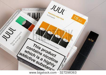Morgantown, Wv - 12 October 2109: Warning Sign For Juul E-cigarette Or Nicotine Vapor Dispenser Box