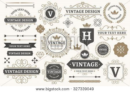 Vintage Sign Frames. Old Decorative Frame Design, Retro Ornate Label Elements And Luxurious Vintage
