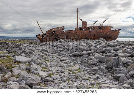 Plassey Shipwreck And Rocks In Inisheer Island