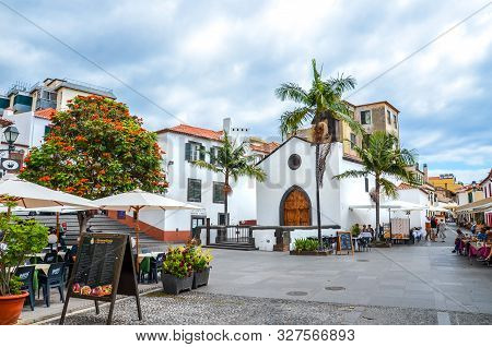 Funchal, Madeira, Portugal - Sep 10, 2019: Street In Madeiran Capital With Typical Restaurants And C