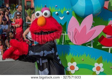Orlando, Florida. October 5, 2019.  Elmo In Sesame Street Party Parade At Seaworld  At Seaworld 65
