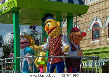 Orlando, Florida. October 5, 2019. Bert And Ernie In Sesame Street Party Parade At Seaworld 2