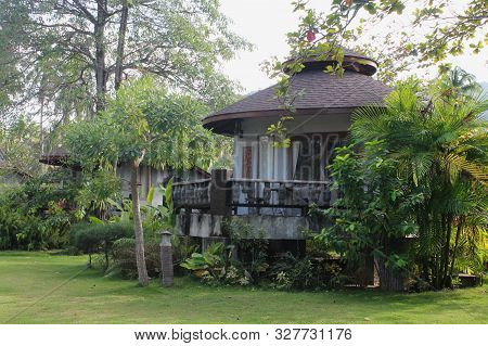 Ko Pha-ngan, Thailand - December 20,2015: A View Of Small Rental House Of Famous Hotel