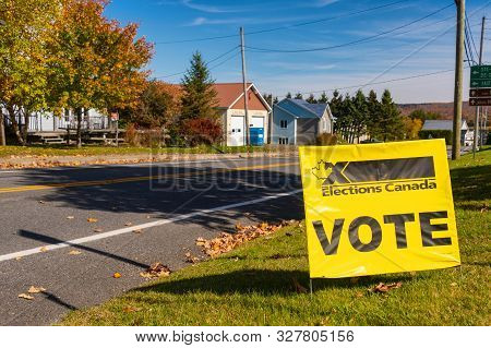 St-hermenegilde, Ca - 13 October 2019: Elections Canada Vote Sign In Front Of A Polling Station