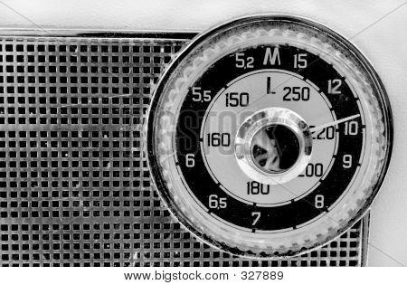 Grunge Radio Dial 1960