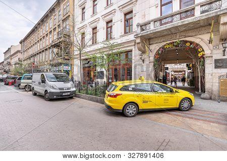 Budapest, Hungary - April 02, 2019: Gozsdu Udvar Or Gozsdu Courtyard Entrance From Kiraly Street In