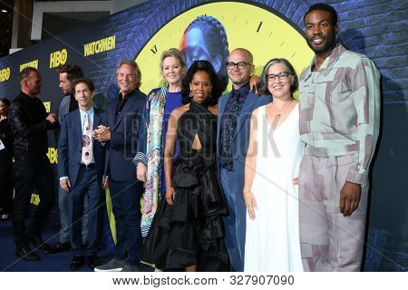 LOS ANGELES - OCT 14:  Cast at the HBO's Watchman Premiere Screening at the Cinerama Dome on October 14, 2019 in Los Angeles, CA