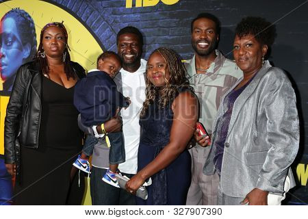 LOS ANGELES - OCT 14:  Yahya Adbul-Meteen II, family at the HBO's Watchman Premiere Screening at the Cinerama Dome on October 14, 2019 in Los Angeles, CA