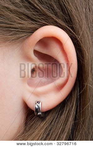 The Little Girl's Ear