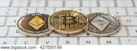 Eth Ethereum And Bitcoin Btc Cryptocurrency Coin, Digital Crypto Currency Tokens For Defi Decentrali