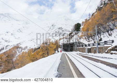 Alp Grum, Switzerland-november 2, 2018:trainstation Of Alp Grum Along The Way Of The Red Train Of Th