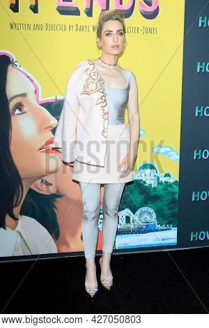 LOS ANGELES - JUL 15:  Zoe Lister-Jones at How It Ends LA Premiere at NeueHouse Hollywood  on July 15, 2021 in Los Angeles, CA