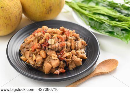Thai Food (tum Kraton), Spicy Santol Salad With Dry Shrimp And Peanut, Local Thai Food