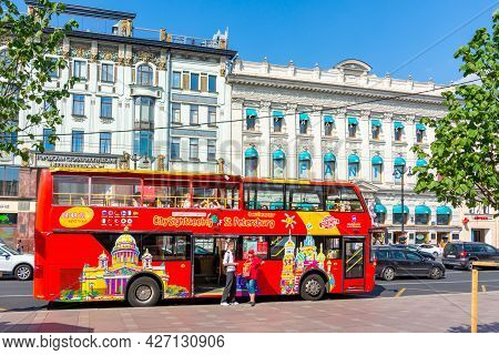 Saint Petersburg, Russia - July 2021: Red Sightseeing Bus On Nevsky Prospect