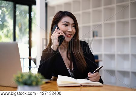 Agent Sales Manager Vehicle Insurance Makes Contact With Her Customer. Saving And Insurance Concept.