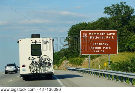 Kentucky, U.s.a - June 16, 2021 - An Rv On The Highway Near The Exit Into Mammoth Cave National Park