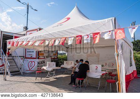 Eminonu, Istanbul, Turkey - 07.05.2021: Tent Of Turkish Red Crescent (turk Kizilay) With Turkish Fla