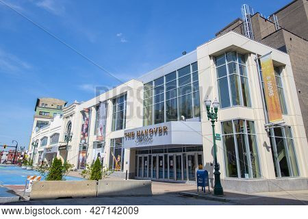 Worcester, Ma, Usa - Jul. 27, 2020: Hanover Theatre At Franklin Square At 2 Southbridge Street At Ma