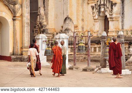 Burma Monk And Burmese People And Foreign Travelers Travel Visit Respect Praying In Ananda Paya Temp