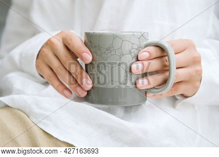 Bubble art mug in gray DIY creative art