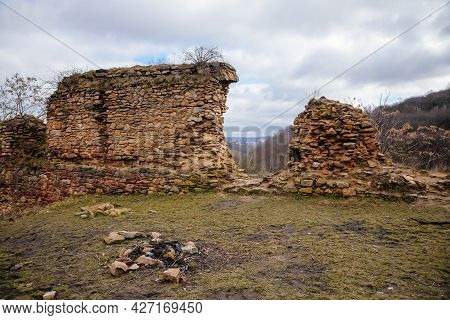 Velemin - Oparno, Czech Republic, 27 February 2021: Stone Gothic Ruins Of Old Medieval Castle Oparno