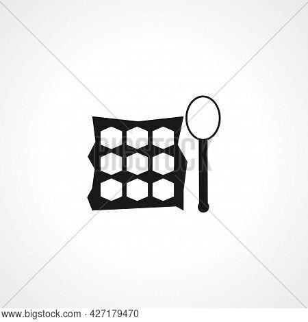 Eye Shadow Kit Icon. Eye Shadow Kit Isolated Simple Vector Icon.