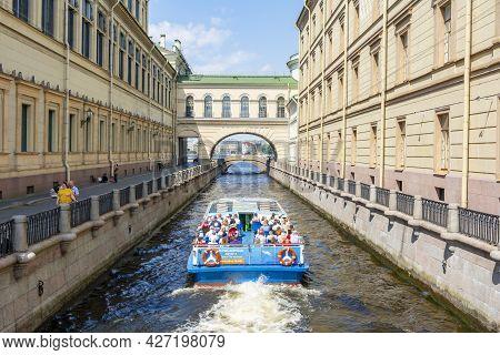 Saint Petersburg, Russia - June 2021: Cruise Boats Sailing Along Winter Canal (zimnyaya Kanavka)