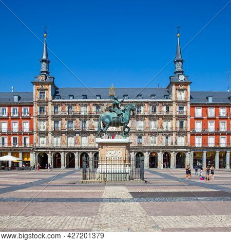 Madrid, Spain - September 6, 2016: Plaza Mayor in Madrid with equestrian statue of King Philip III