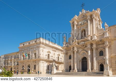 Piazza Duomo and of the Cathedral of Syracuse, Sicily, Italy