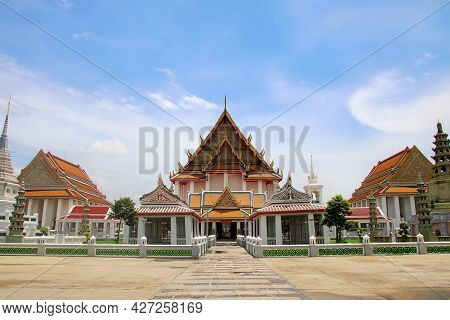 Bangkok, Thailand, April 29, 2021 Ancient Church And Architecture Of Wat Kalyanamitra Temple Are Bea