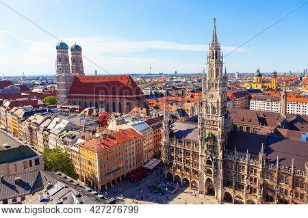New Town Hall And Frauenkirche In Munich . Architecture Of Marienplatz In Munich Bavaria Germany . T