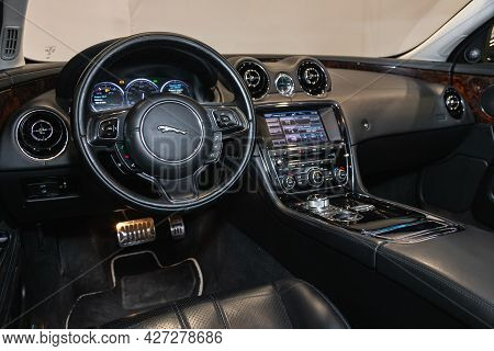 Novosibirsk, Russia - July 07, 2021:   Jaguar Xj , Car Interior - Steering Wheel, Shift Lever And Da