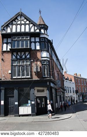 The Abbey Pun On Northgate Street, In Gloucester, Gloucestershire In The Uk, Taken On The 24th April