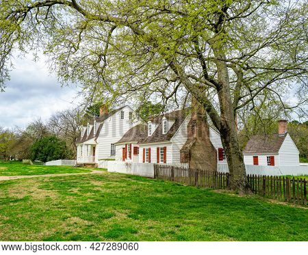 Williamsburg, Virginia, USA: 29th March 2021; A beautiful colonial style house in historic Williamsburg