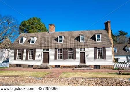 Williamsburg, Virginia, USA: 29th March 2021; A beautiful colonial style house in historic Willianmsburg