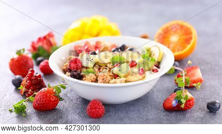 bowl of muesli and fruits