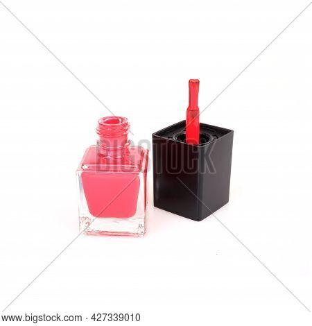 Mockup: Nail Polishes Bottle Isolated On White Background