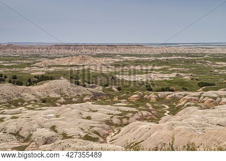 Badlands National Park, Sd, Usa - June 1, 2008: Overview Landscape With Plenty Of Large And Small Ge