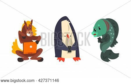 Funny Animals With Modern Gadgets Set, Horse, Penguin, Fish Using Laptop And Smartphone Cartoon Vect