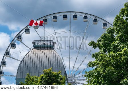 Montreal, Canada - 4 July 2021: The Montreal Observation Wheel (grande Roue De Montreal) In The Old