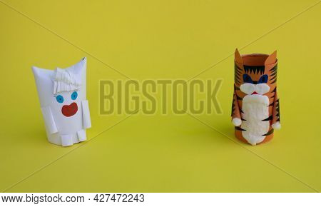 2022 Is The Year Of The Tiger. Diy A Tiger And A Bull From A Toilet Paper Sleeve For The Chinese New