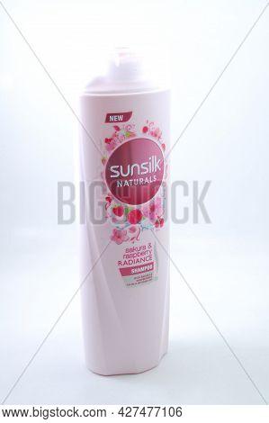 Manila, Ph - July 16 - Sunslik Sakura And Raspberry Radiance Shampoo On July 16, 2021 In Manila, Phi
