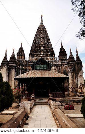 Maha Bodhi Phaya Or Mahabodhi Pagoda Pyay Temple Chedi For Burmese People Foreign Traveler Travel Vi