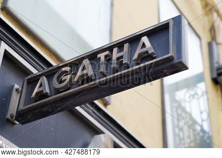 Toulouse , Ocitanie France  - 06 25 2021 : Agatha Jewelry Logo Text And Brand Sign On Store French J