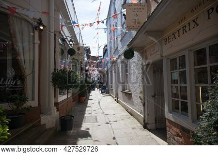 A Narrow Alleyway With Small Shops In Gloucester In The United Kingdom, Taken On 24th April 2021