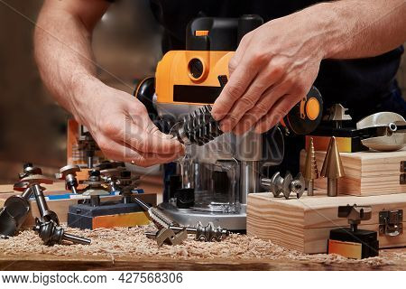 Milling Wood In The Joinery Using Manual Mechanical Cutters