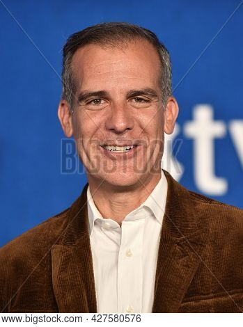LOS ANGELES - JUL 15: Mayor Eric Garcetti arrives for the Ted Lasso Season 2 Premiere on July 15, 2021 in West Hollywood, CA