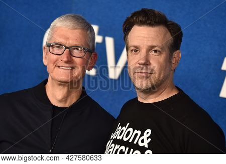 LOS ANGELES - JUL 15: Tim Cook and Jason Sudeikis arrives for the Ted Lasso Season 2 Premiere on July 15, 2021 in West Hollywood, CA