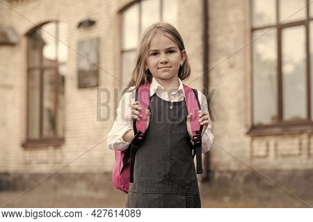 Opportunities For Learning. Small Kid Go To School Carrying Bag. Back To School Supplies. Fashion Un